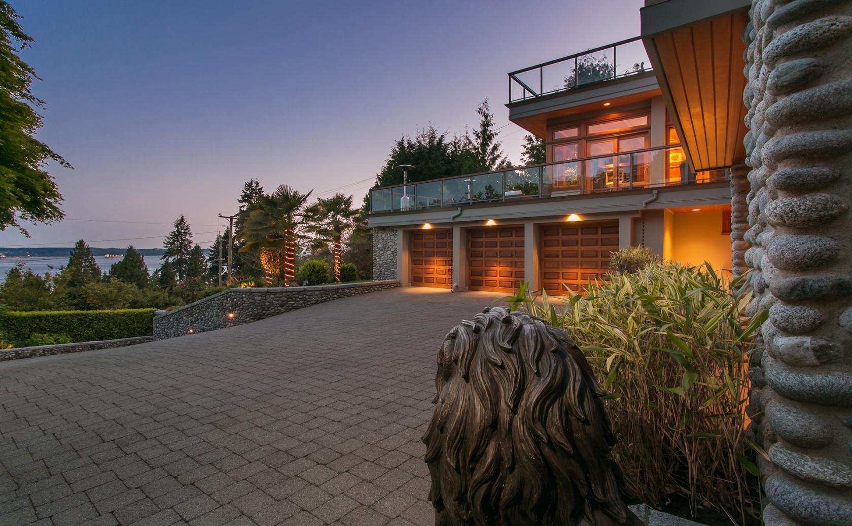 3285 Dickinson Crescent, West Bay, West Vancouver