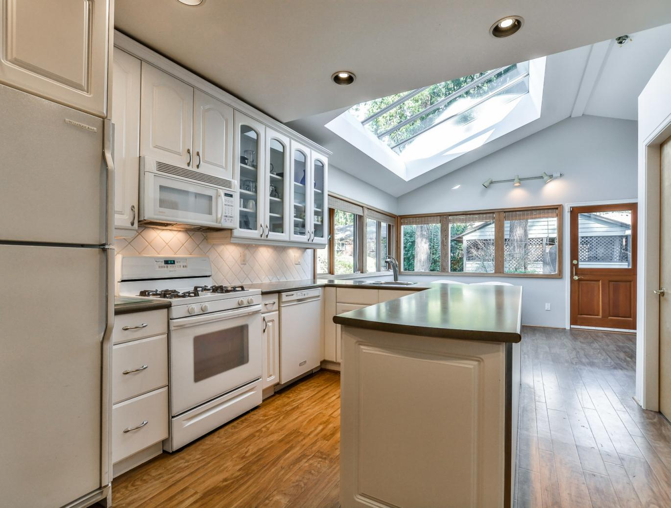1278 W Keith, Pemberton Heights, North Vancouver 3