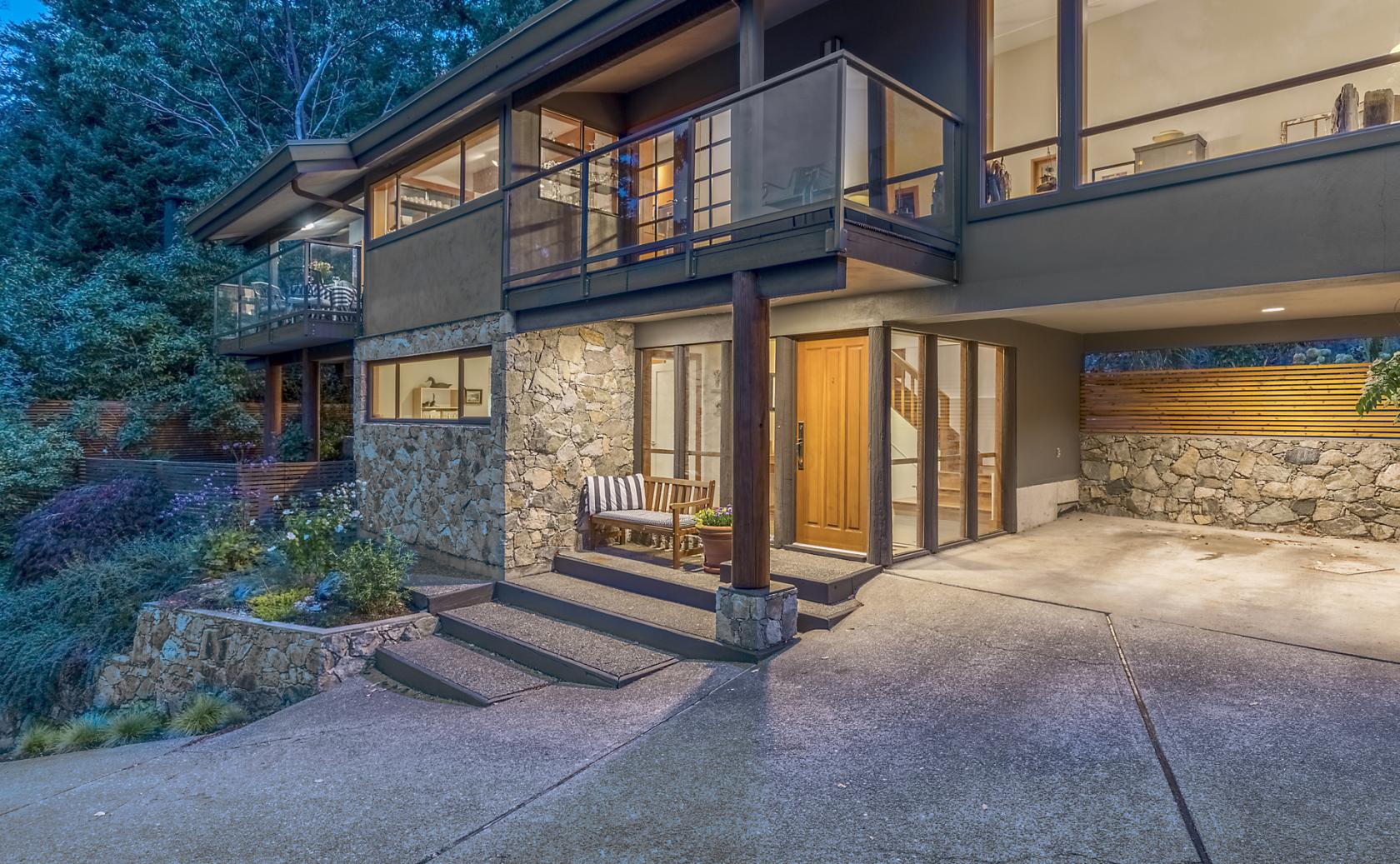 5821 Falcon Road, Eagleridge, West Vancouver