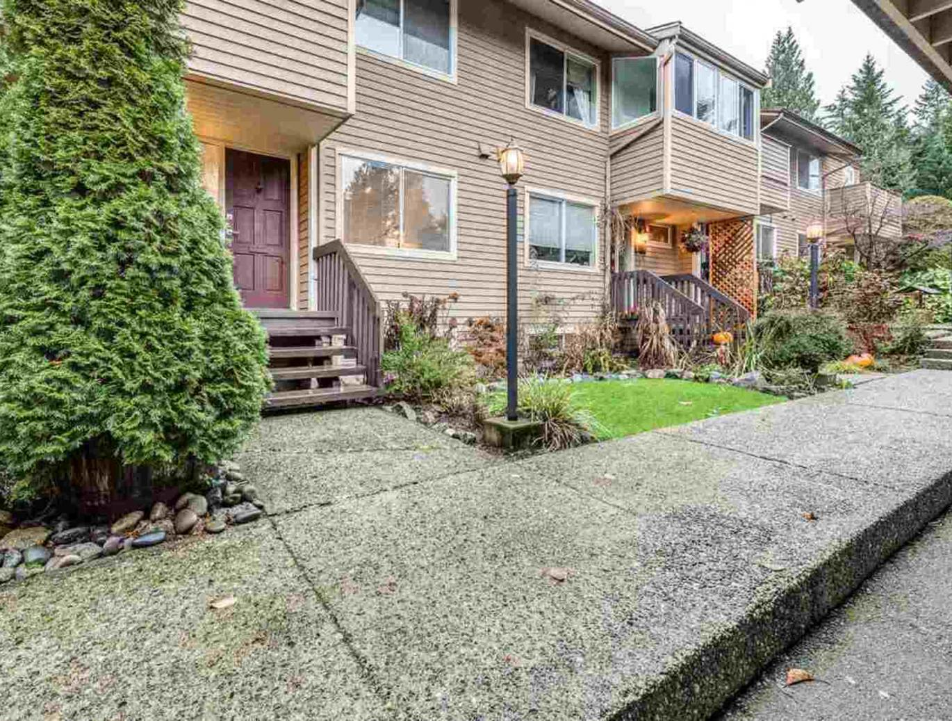 4619 Hoskins Road, Lynn Valley, North Vancouver 2