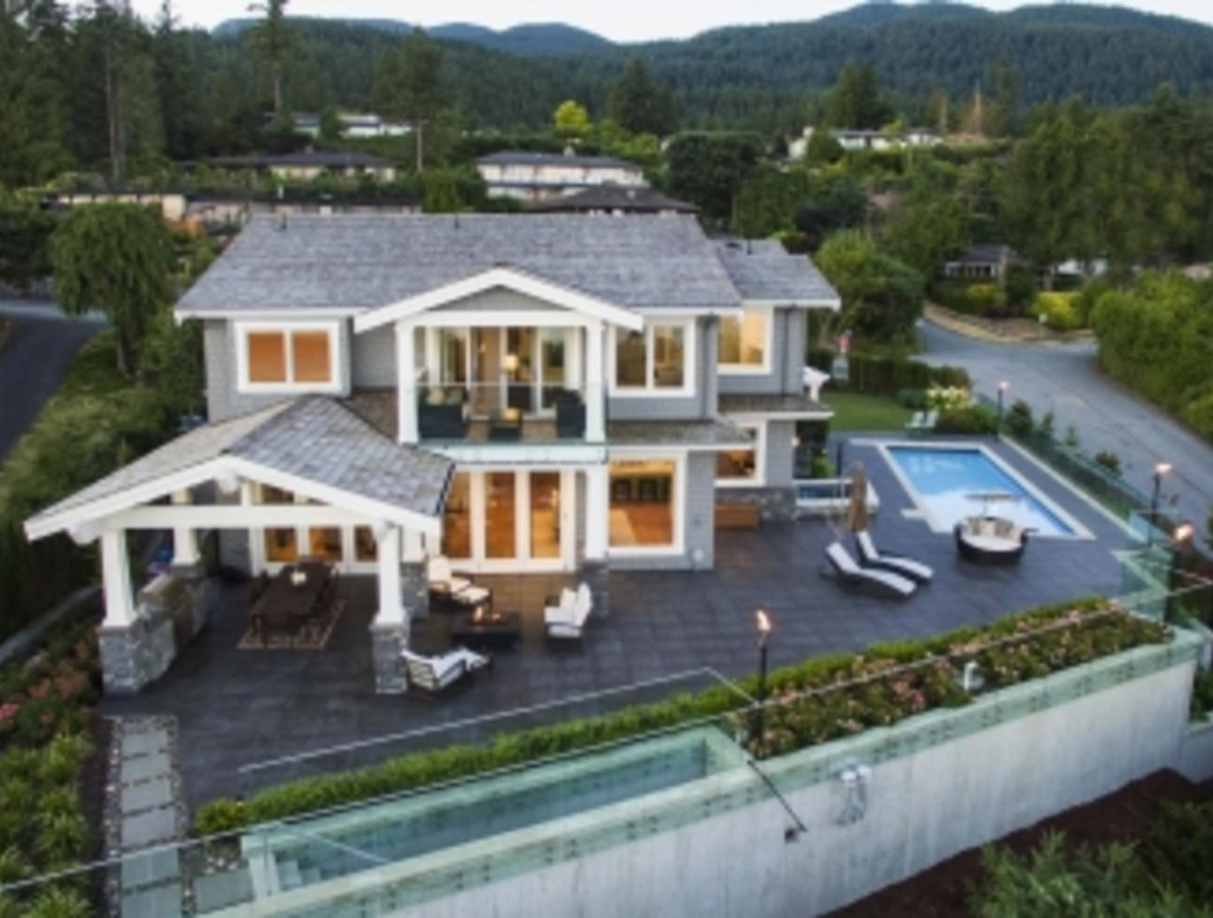 4120 Burkehill Place, Bayridge, West Vancouver 2