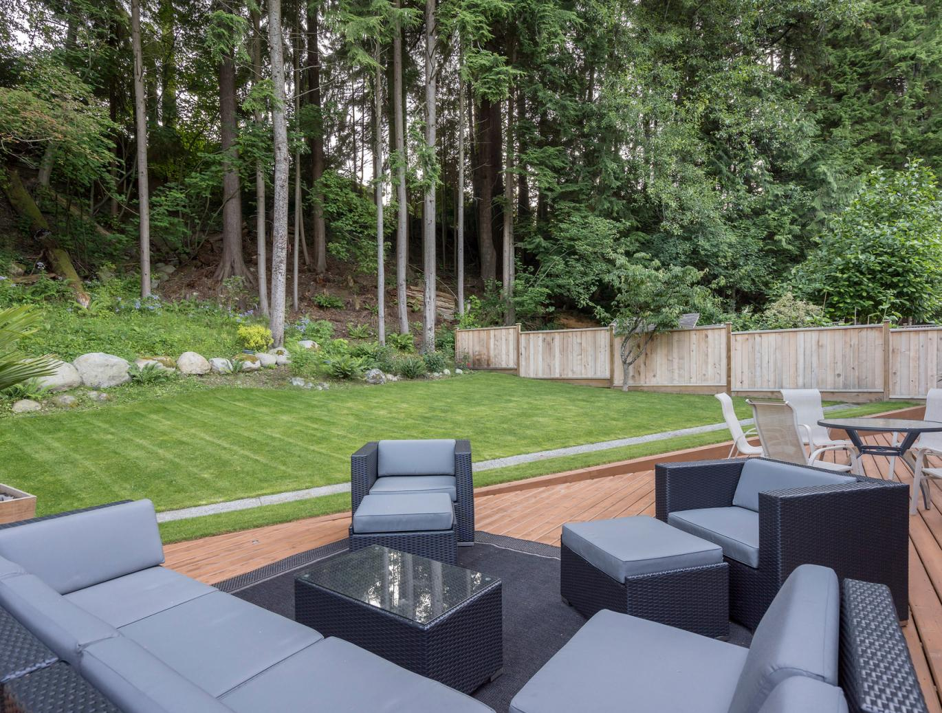 4753 Woodrow Crescent, Lynn Valley, North Vancouver 2
